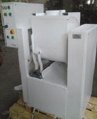 Машина тестомесильная И8-ТМ-70-02